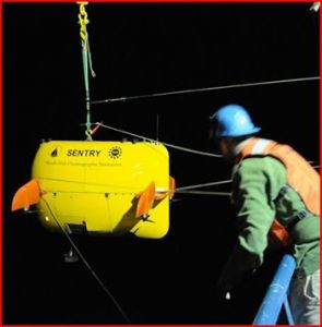 Woods Hole team sends the robot sub Sentry to investigate BP's Deepwater Horizon oil spill. Photo by NOAA.