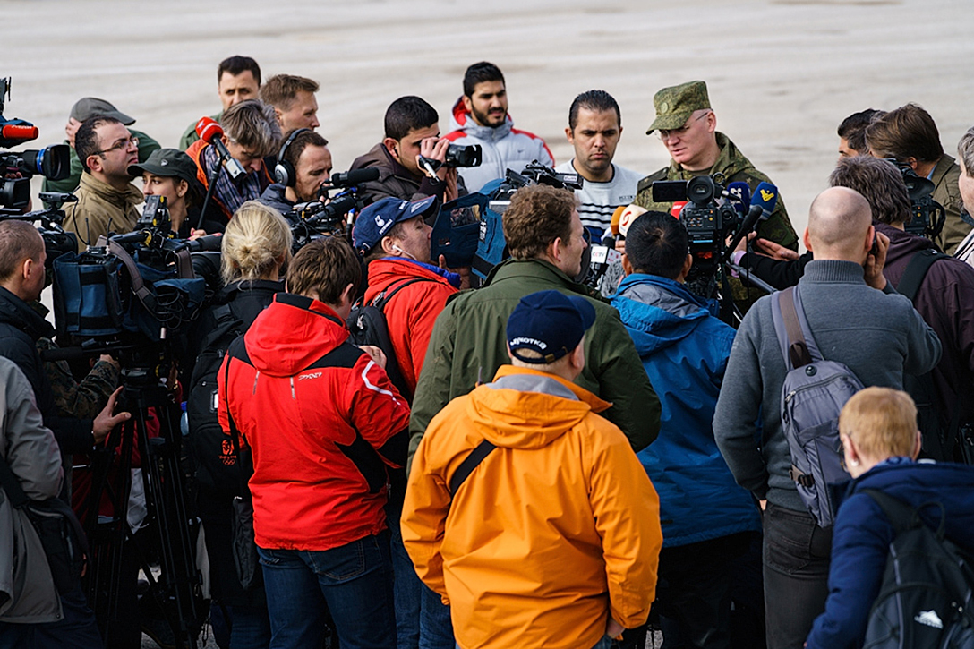 Journalists at Khmeimim airbase cover the Syrian war