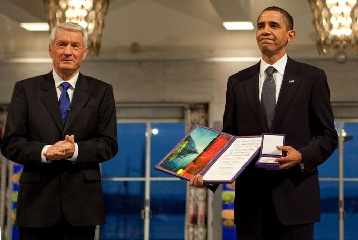 Obama receives nobel prize