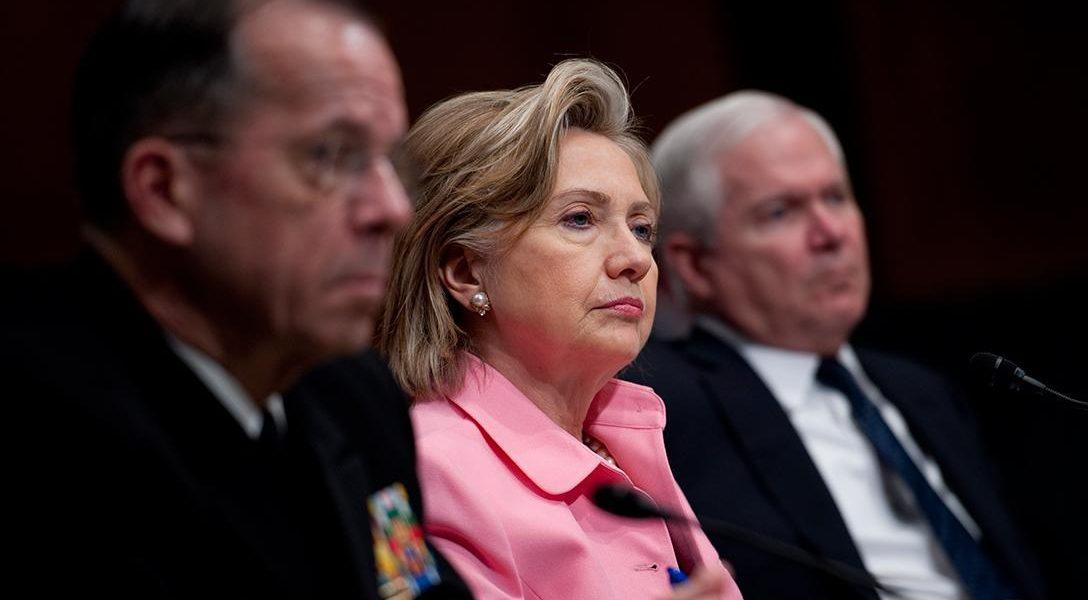 Mike Mullen, Hillary Clinton, Robert Gates