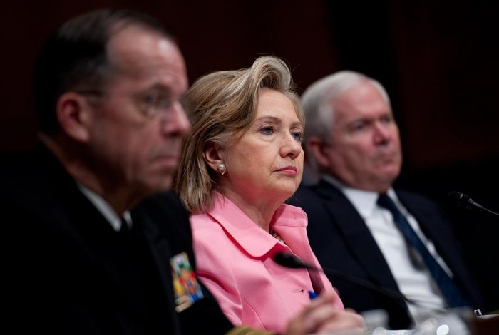 Mike Mullen, Hillary Clinton, Robert Gates