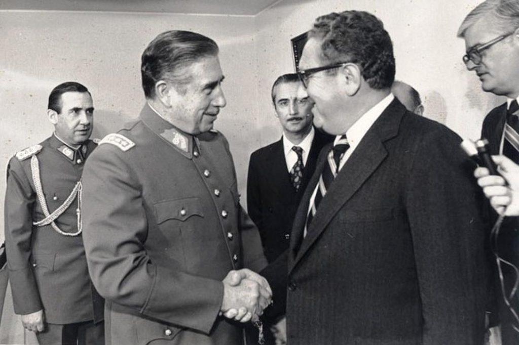 Augusto Pinochet, Henry Kissinger