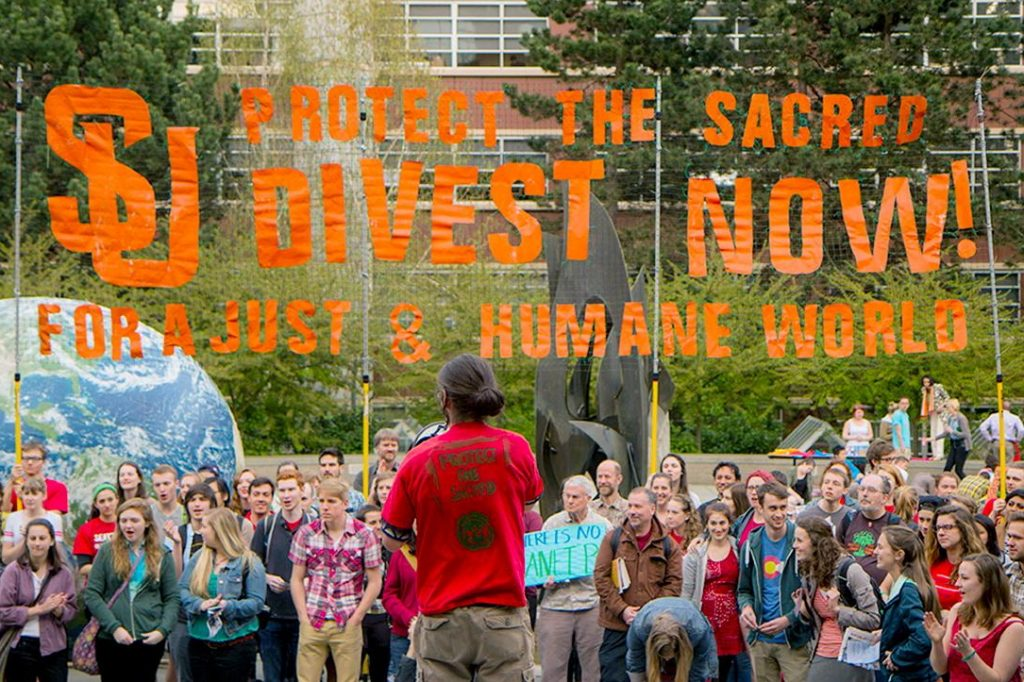 Seattle University protest, Divest in Fossil Fuels