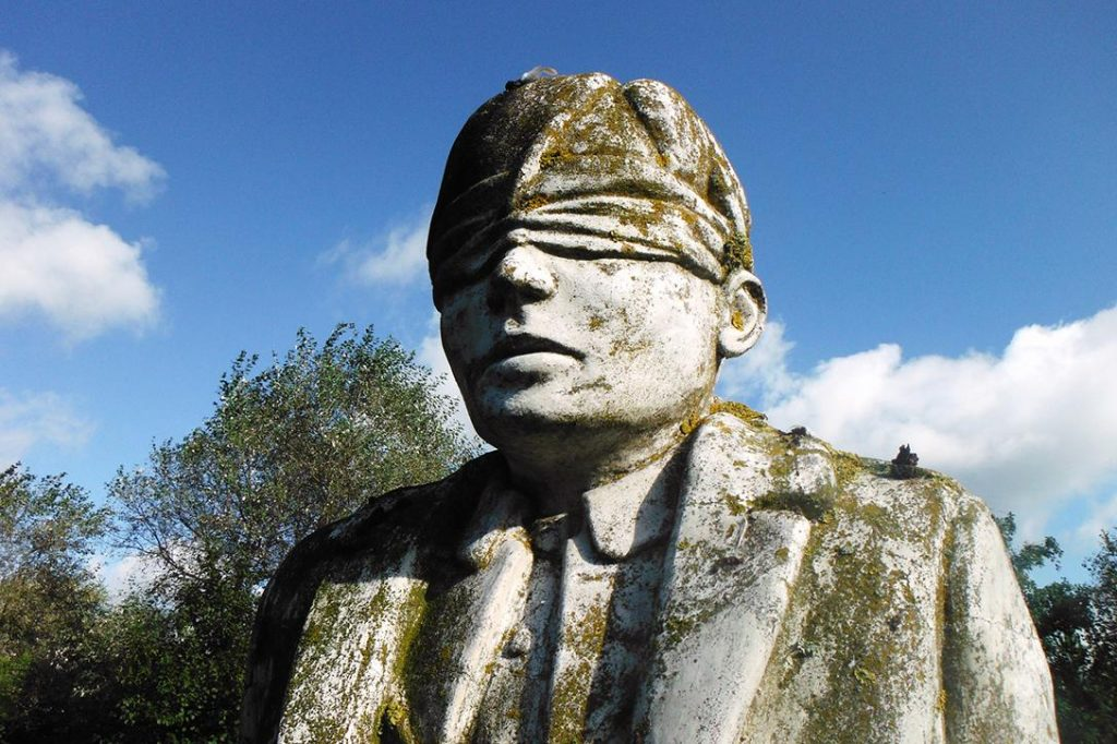Blindfolded man, Shot at Dawn Memorial monument. Photo credit:  steve p2008 / Flickr (CC BY 2.0)
