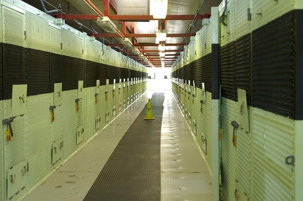 Cell block of Camp Delta. Photo credit: US Department of Defense