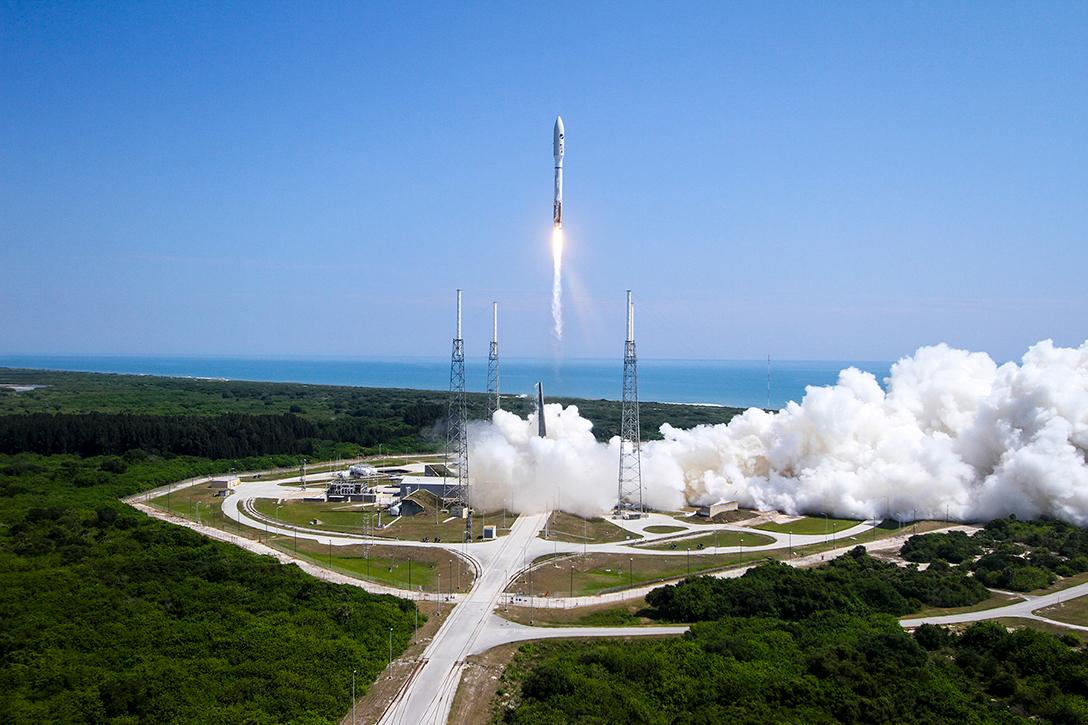 360-degree broadcast, rocket launch