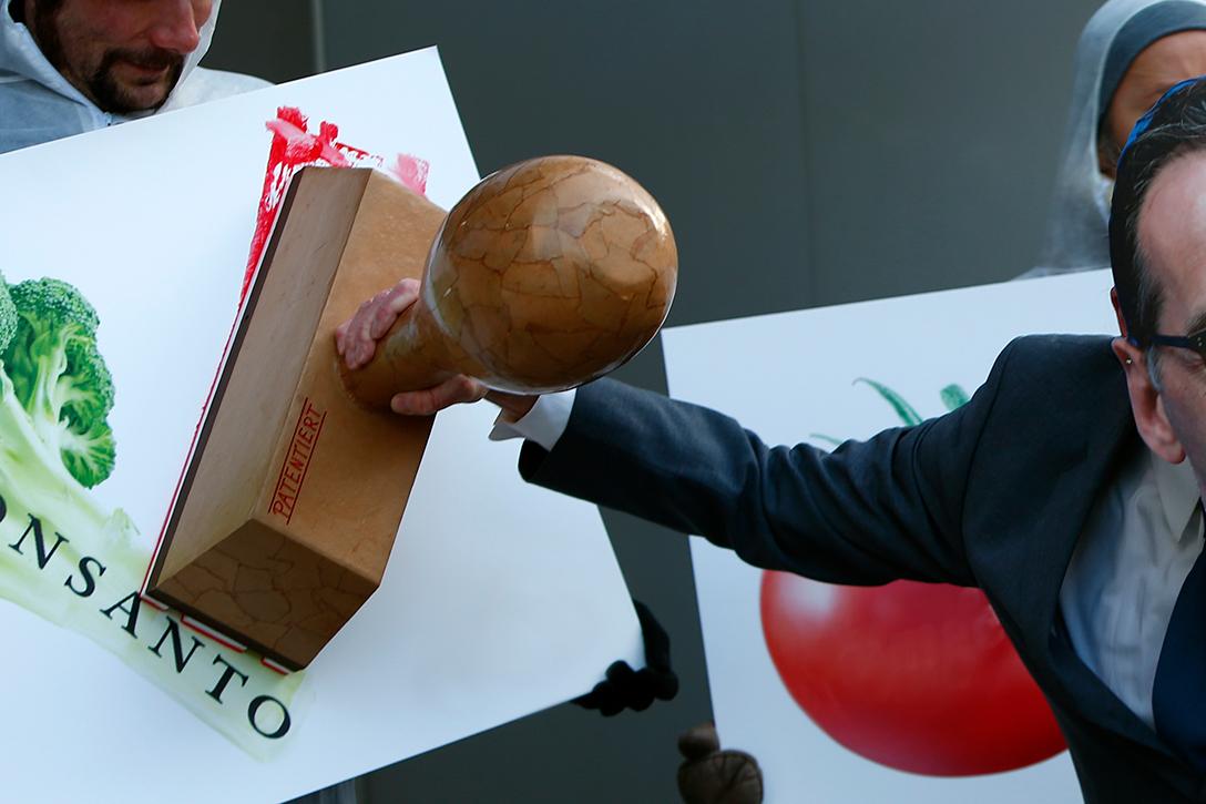 Monsanto, rubber stamp