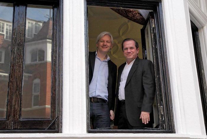Julian _Assange