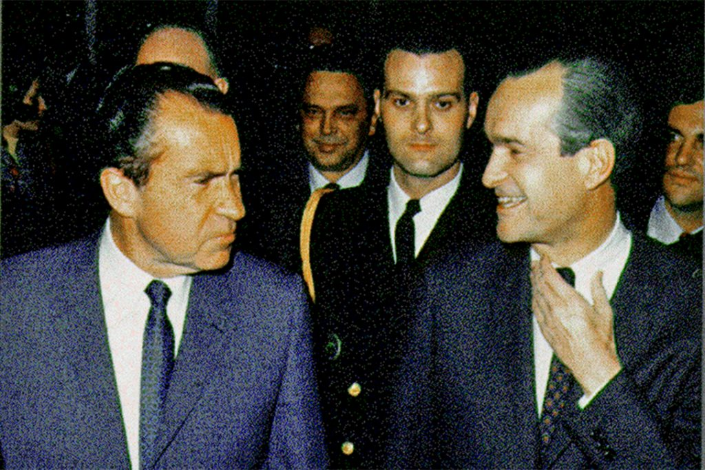 Richard Nixon, Richard Helms