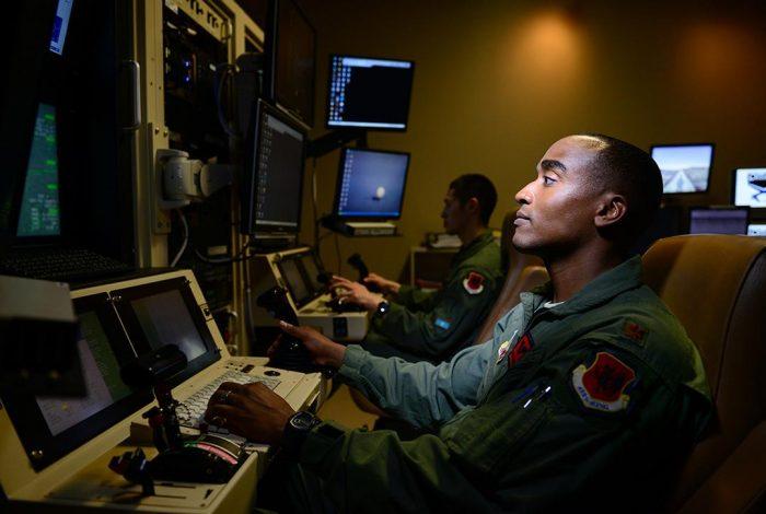 MQ-9 Reaper, Pilot