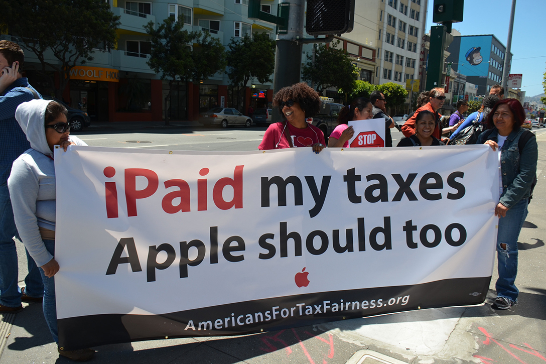 Apple, taxes