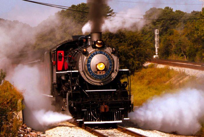 train, US Congress