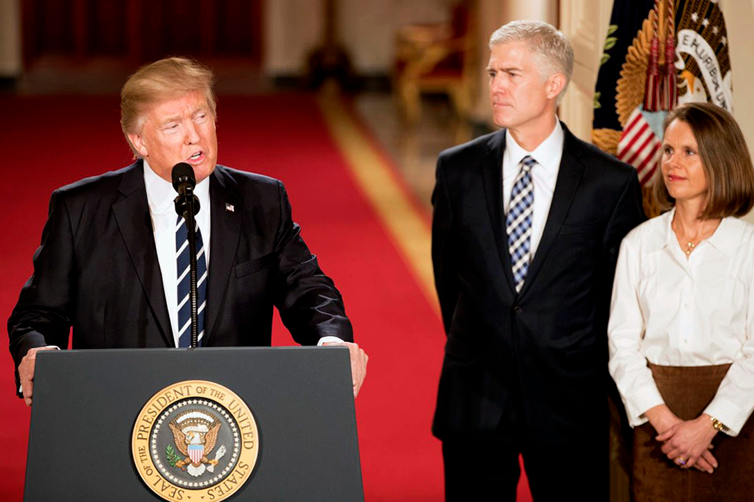 Donald Trump, Neil Gorsuch, Louise
