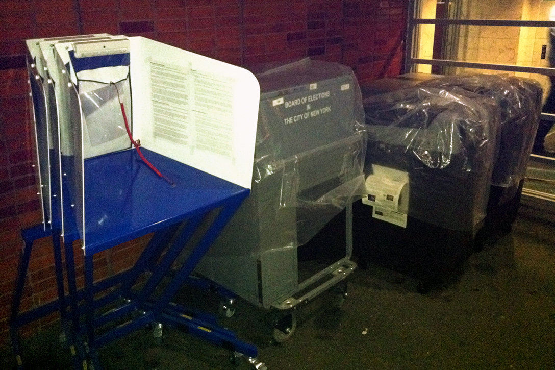 DS200 voting machines