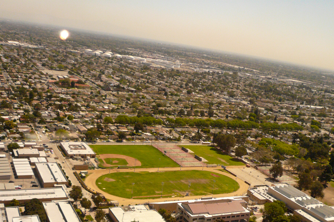 Jordan Downs High School, Watts