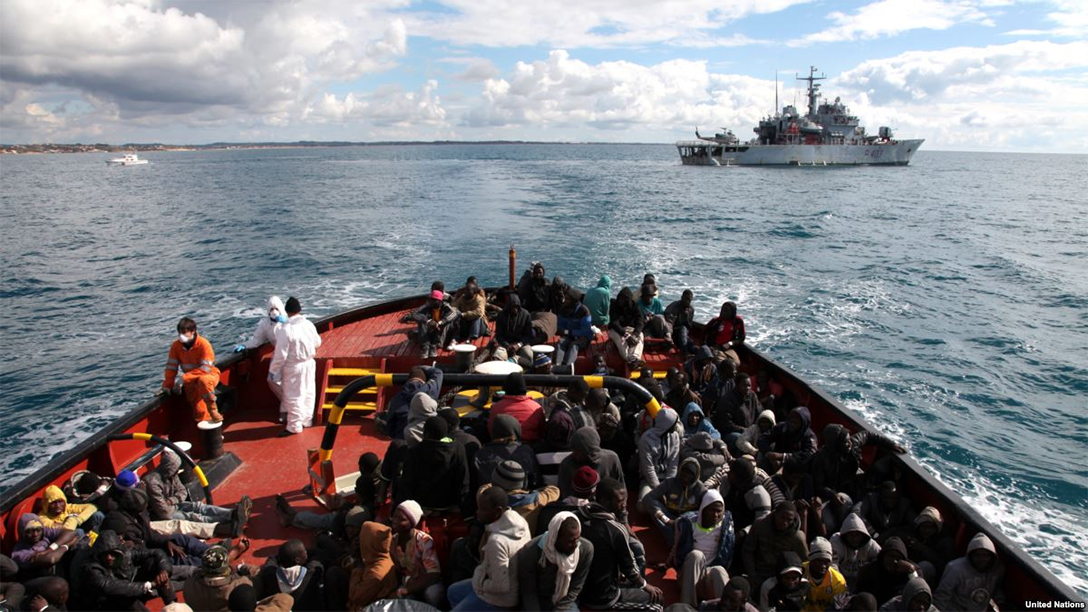 refugees, migrants, Italy