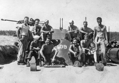 JFK, PT-109, crew