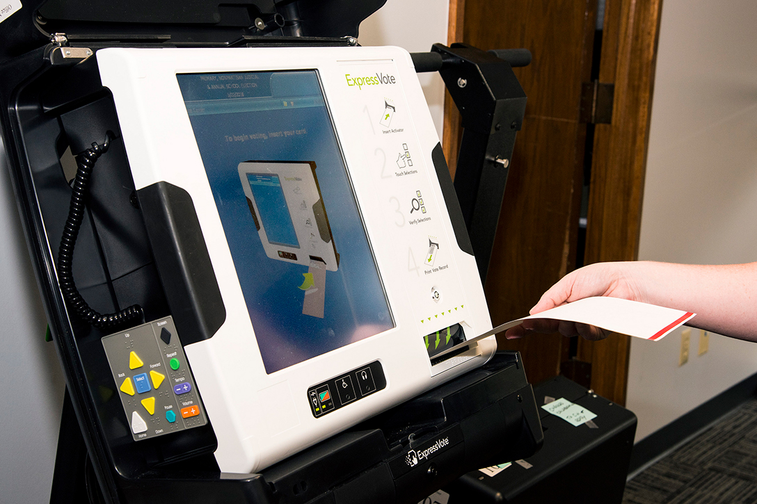 Express Vote, electronic voting machine