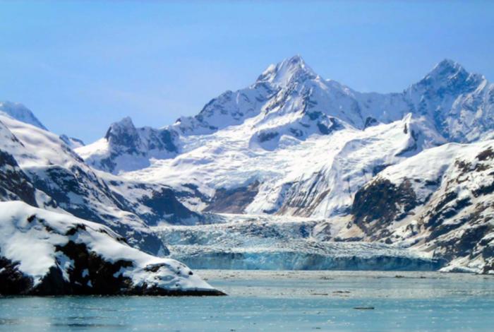 Climate change, melting iceberg