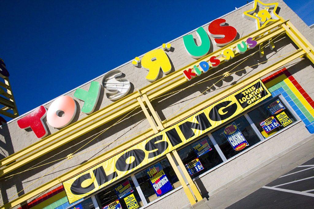 Toys R Us, closing