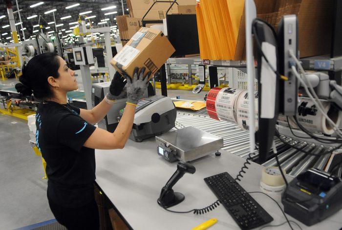 Amazon, warehouse