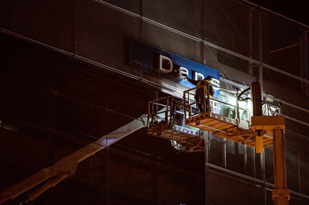 Danske Bank, sign, removal