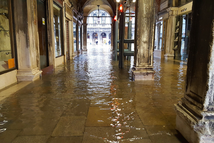 Climate change, Venice floods, mayor