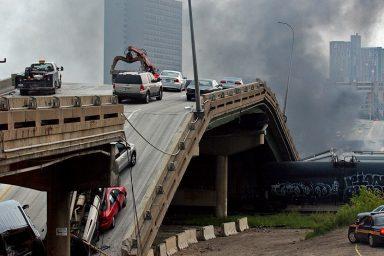 I-35W freeway bridge collapsed