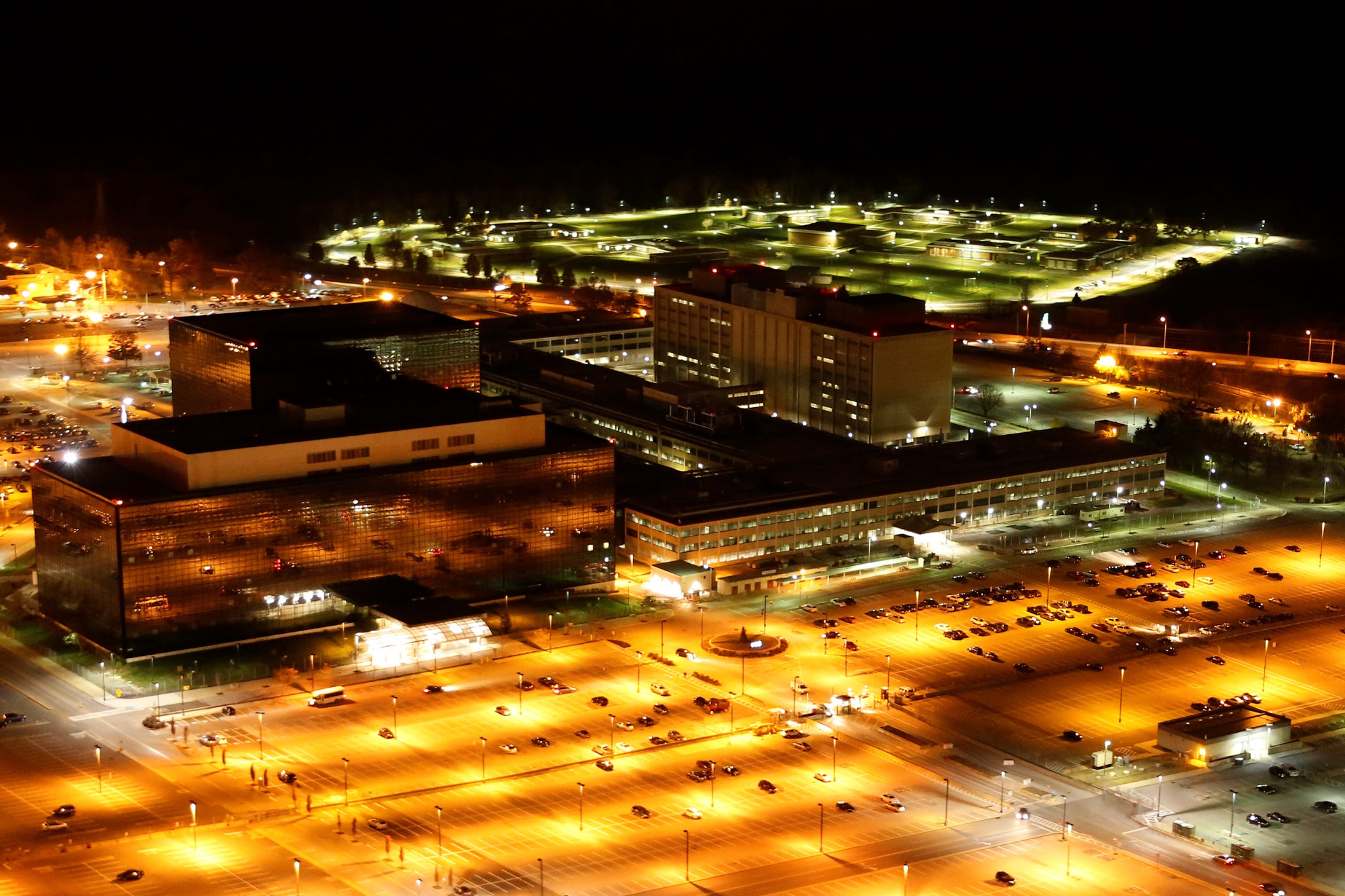 NSA, Windows 10, security flaw