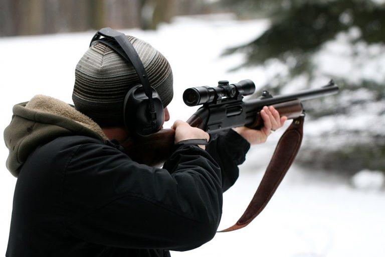 hunter, rifle
