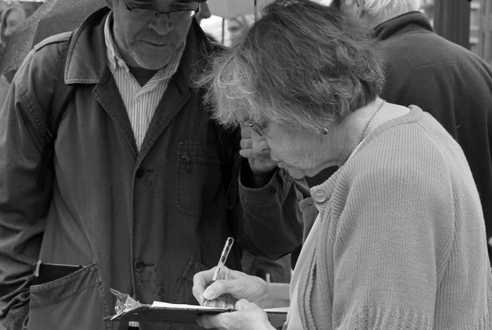 signing petition