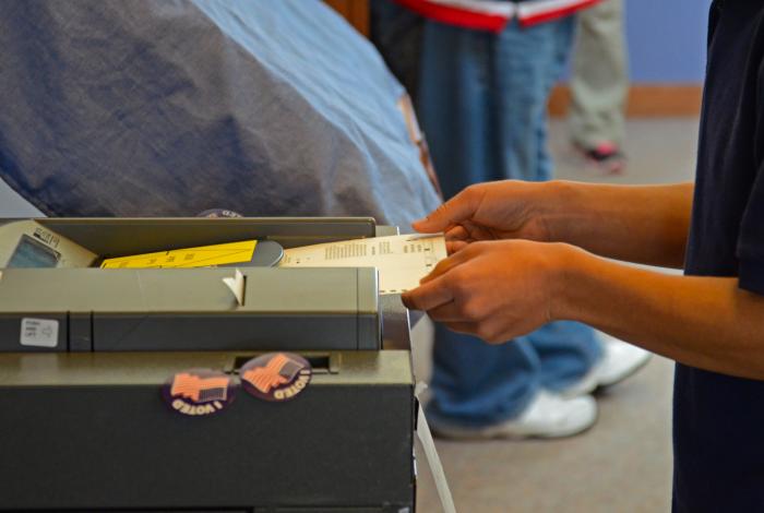 voting technology, oversight