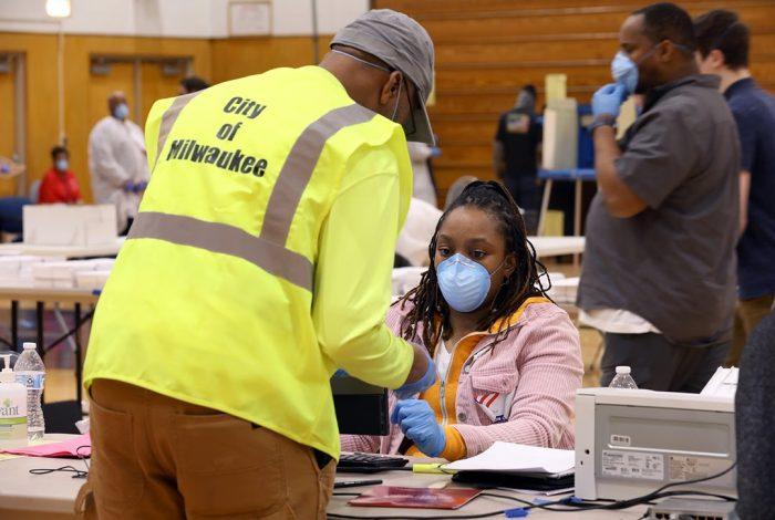 poll worker, Milwaukee