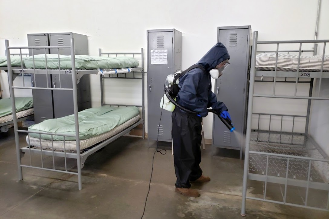 Prison, cleaning, COVID-19