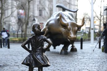 Fearless Girl, Charging Bull