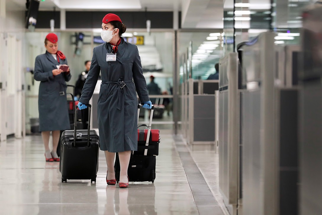 flight attendants, Dulles Airport