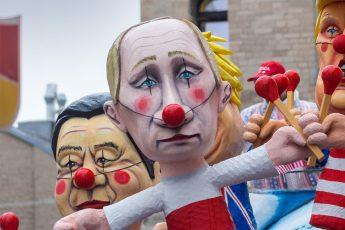 Vladimir Putin, Puppet