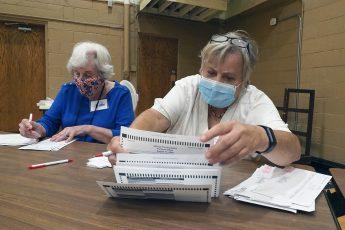 Racine, WI, poll worker
