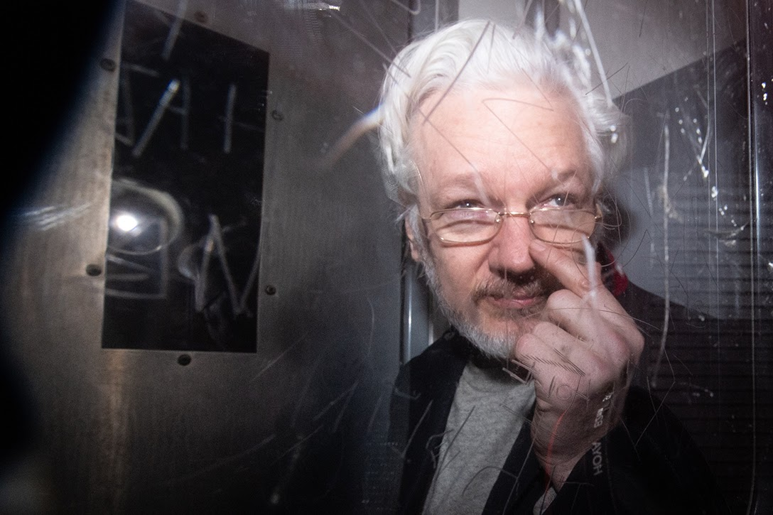 WikiLeaks, Julian Assange, Magistrates Court