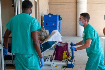 COVID-19, US surge, silent president, public health crisis