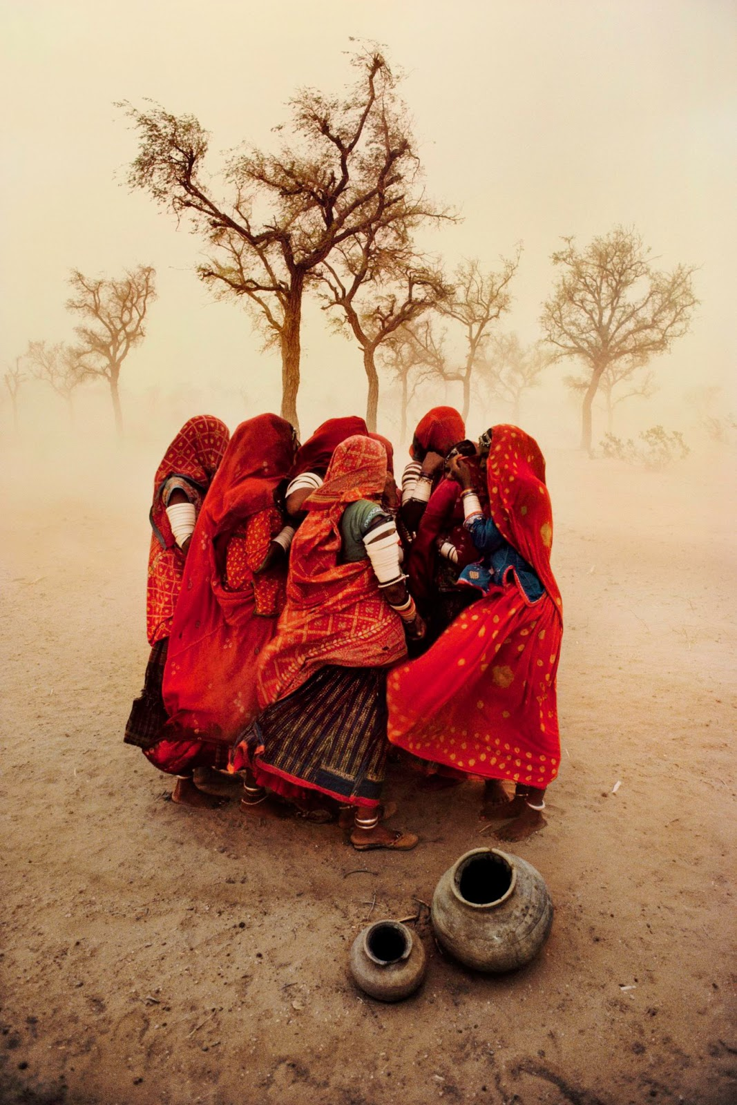 India, dust storm, 1983, McCurry