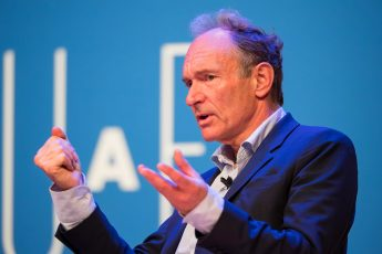 World Wide Web, Tim Berners-Lee, cyberspace, navigation