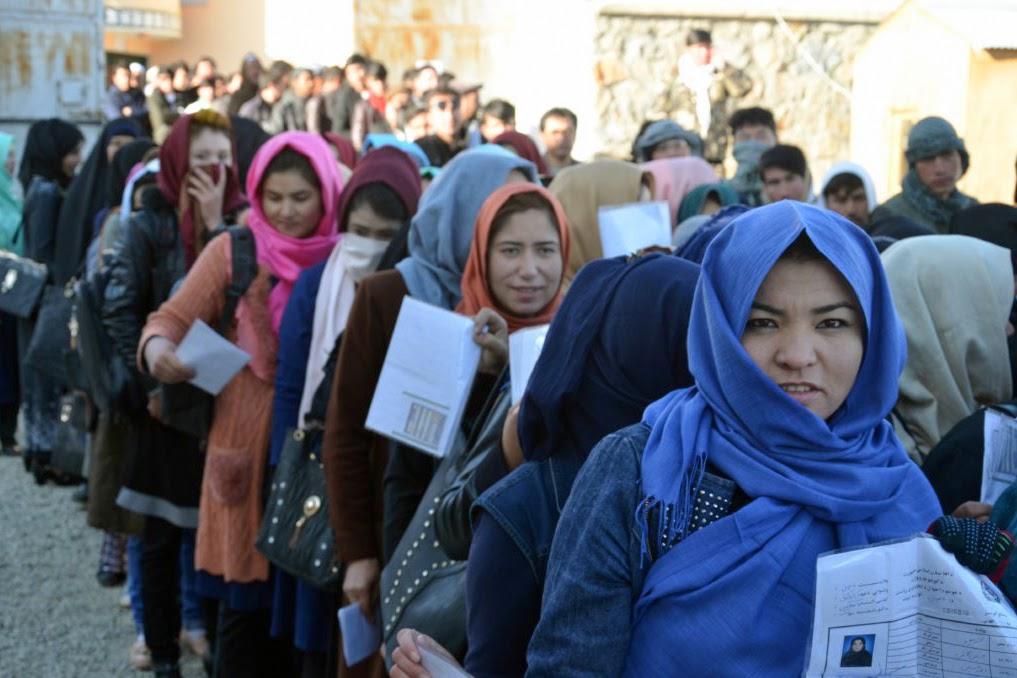 Afghanistan, Women voting, 2018