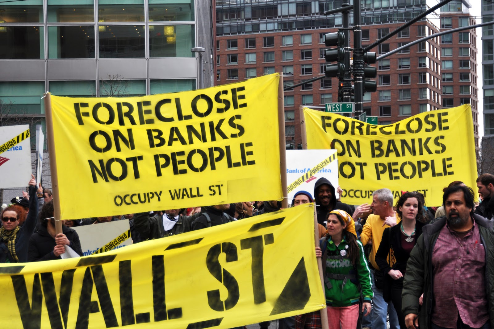 Foreclose on Banks