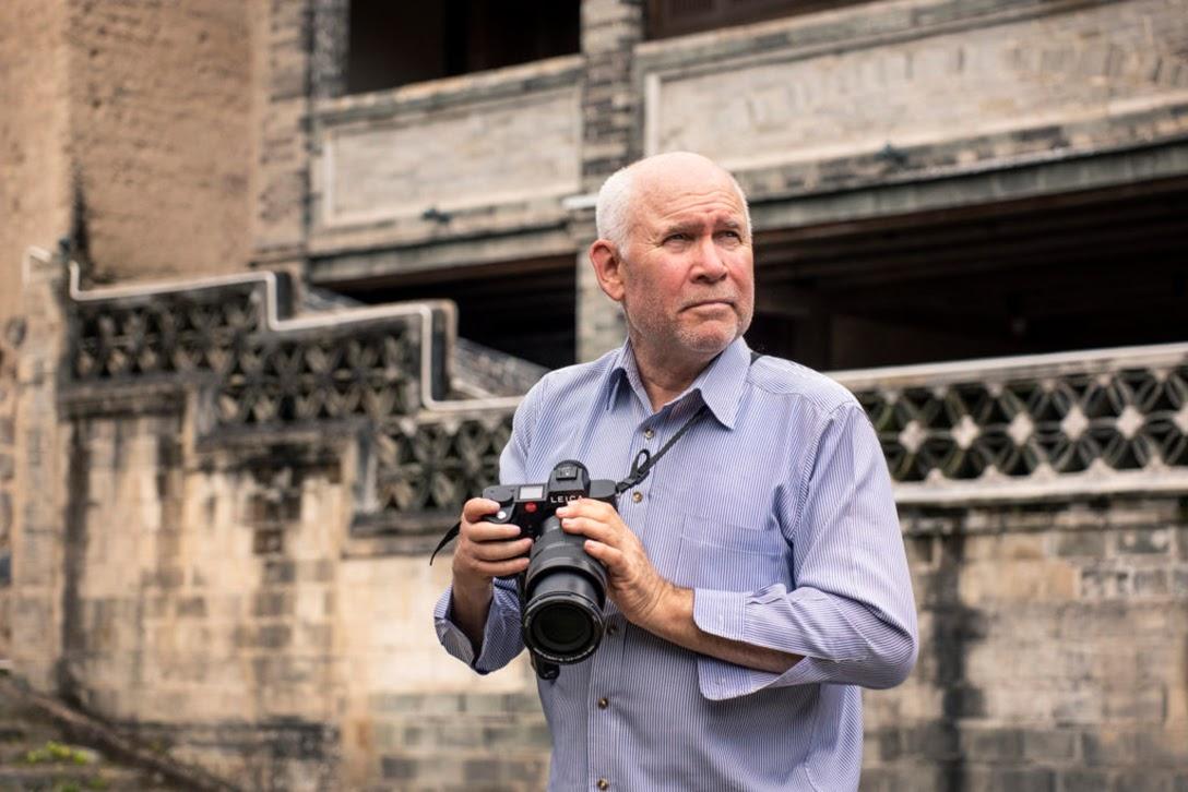 Steve McCurry, camera