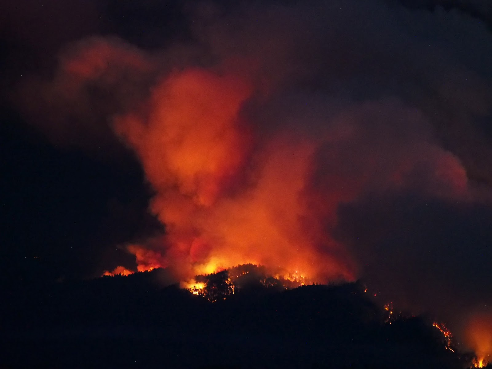 CZU Lightning Complex Fire, California