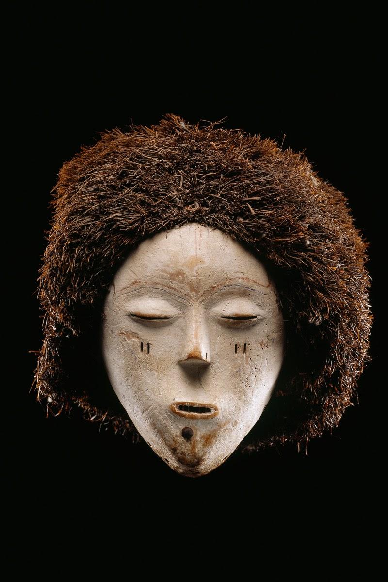 Facial mask, Songyé