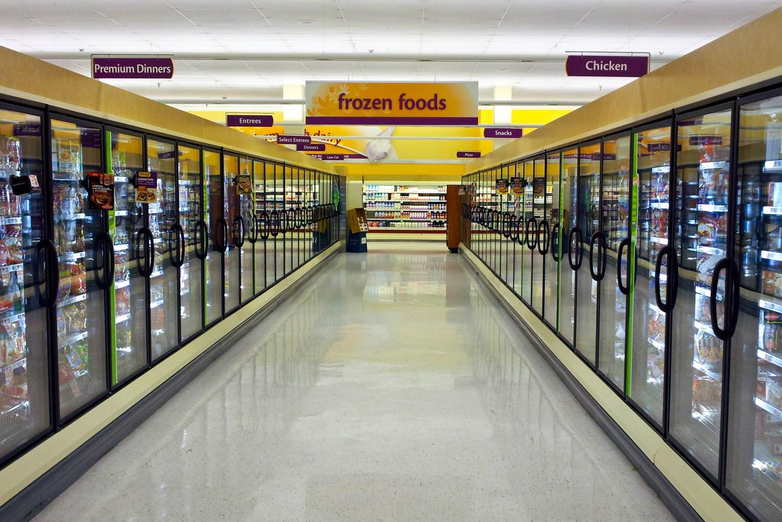 frozen food aisle, Giant Food