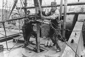 Oil field workers, Kilgore, Texas
