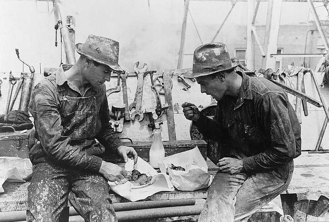 Oil field workers, lunch, Kilgore